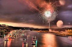 40 Spectacular Fireworks Photography | Cuded #photography #fireworks