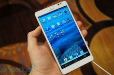 Huawei Ascend Mate handson at CES 2013 #huawei
