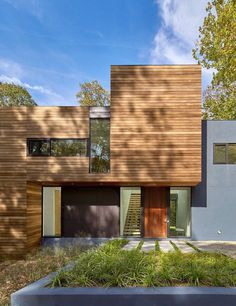 Mohican Hills House by Robert M. Gurney / Maryland 5