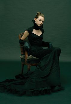 Fashion photography #green #woman #portrait #photography