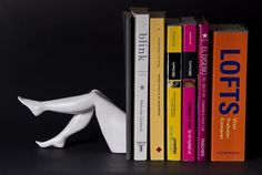 _MG_5096.jpg (JPEG Imagen, 670x451 pixels) #resin #white #bookend #books #book #legs #black #walking #holder