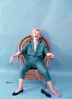 Marilyn Monroe – Single Edition – Wicker Sitting