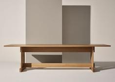Grande Table by Note Design Studio