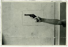 tumblr_lnmoaxxZax1qgycrgo1_500.jpg (JPEG Image, 499x347 pixels) #gun #photography #framed
