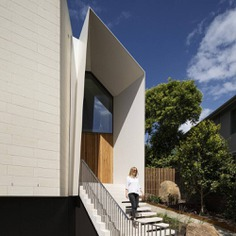 Limestone House by John Wardle Architects