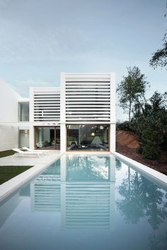 La Pineda House in Girona, Spain by Jaime Prous Architects 1