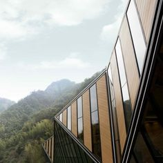Dezeen » Blog Archive » Tianmen Mountain Restaurant by Liu Chongxiao #architecture