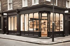 Aesop Soho hipshops in London #storefront #shop #aesop #soho #street