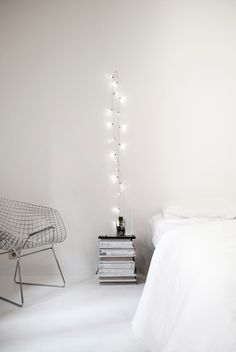 Christmas at Home by Facing North with Gracia. #holidaydecoration #minimalist #facingnorthwithgracia #bedroom