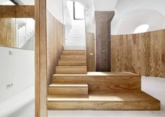 Vaulted basemen apartment Barcelona | Raul Sanchez