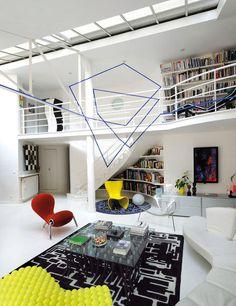 (via TheDesignerPad The Designer Pad ARTISTICALLYÂ REVAMPED) #interior #white #lines #black #geometric #clean #floor #minimal #grey