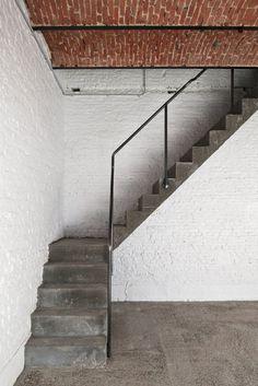 Coach House by Hans Verstuyft Architecten. #staircase #industrial #hansverstuyftarchitecten