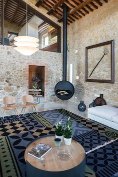 Girona Farmhouse Completely Refurbished by Gloria Duran Torrellas 1