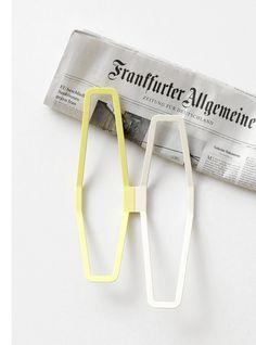 H2 by Sarah Böttger #design #hanger #minimal