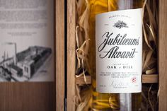 Aalborg Jubilæums Akvavit on Behance #packaging
