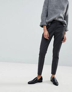 Selected | Selected Femme – Eng geschnittene Hose