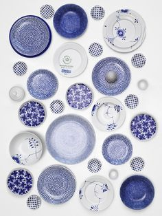 blue and white//Lotta Agaton #ceramics #patterns