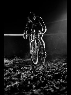 Drop Anchors, Super rad photos from Saturday nights race. ...