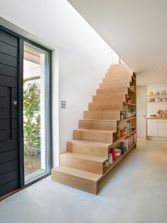 The Design Chaser: Statement Stairs #interior #design #decor #deco #stairs #decoration