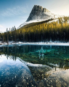 Joseph James Mackin Captures Beautiful Landscapes of Alberta, Canada
