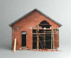 brokenhouses-24 #sculpture #house #art #broken #miniature