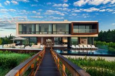 Imposing Oceanfront Home With Broad Views in Sagaponack, New York