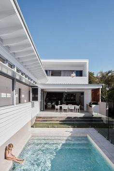 Golden Beach House by Nick Tyson Architecture 1