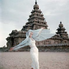 Norman Parkinson - The shore temple at Mahabalipuram - Photos - Photohab - Photographer's Portfolios #fashion #photography #inspiration