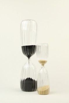 ichendorf_hourglass2_1920x.jpeg (1920×2882)