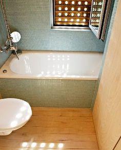 http://27.media.tumblr.com/tumblr_l87byvoVjS1qzgf8eo1_400.jpg #bathroom