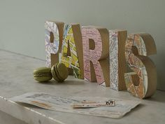 zoom_Bombus_Paris_016.jpg (JPEG Image, 500 × 376 pixels) #design #graphic #map #wood #blocks #type #typography