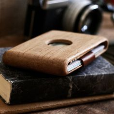 Wooden Wallet by Haydanhuya #tech #flow #gadget #gift #ideas #cool