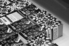 Claudio Limón | Jewelry surprise box / Auter / Ricard Domingo #jewelry #box