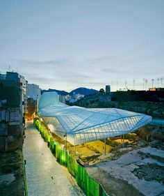 The protective roof of Amann-Cánovas-Marur for Molinete Park #architecture