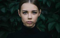 Feminine Stories: Conceptual Portrait Photography by Inna Mosina