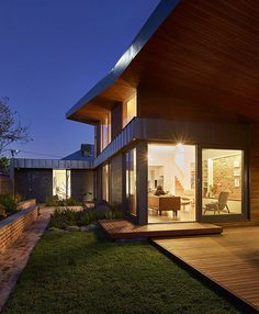 Yarraville Garden House by Guild Architects