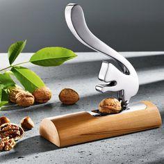 Scoiattolo Nutcracker by Andrea Branzi #tech #flow #gadget #gift #ideas #cool
