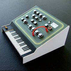 Analogue Miniature 5 #miniatures #synth #craft #art #paper