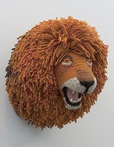 Nathan Vincent - Lion #sculpture #crochet #lion #nathan #vincent #animal