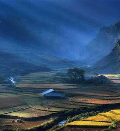 Vietnam by Sarawut Intarob #inspiration #photography #travel