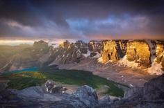Wonderful Landscapes of Canadian Rockies by Nick Fitzhardinge