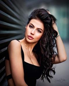 Beautiful Female Portrait Photography by Daniel Bidiuk