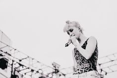 Hayley Williams by Zac Mahrouche #live #music #photography #blackandwhite