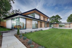 Holm Place Modern Home with Open Plan Living Spaces