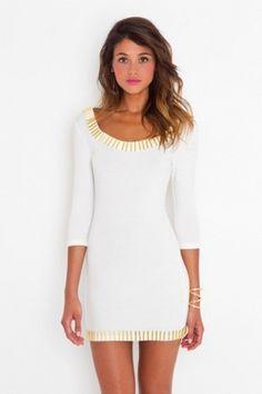 Baubauhaus. #model #white #woman #portrait #fashion #dress #beauty