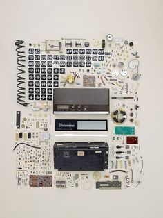 Buamai - GraphicHug™ – Everybody Needs a Hug » Todd Mclellan #clock #bumai #organized #flip