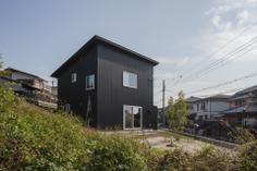 Otsu's House by Torafu Architects