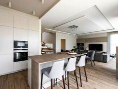 Classic Modern Home With A Sense Of Traditional Elegance by Interdio - InteriorZine #decor #interior #home