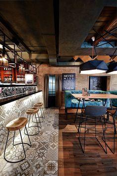 Rolls Novinka Cafe by ALLARTSDESIGN 6