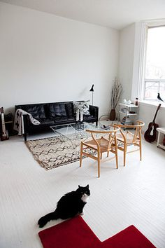 emmas designblogg design and style from a scandinavian perspective #white #cat #black #and
